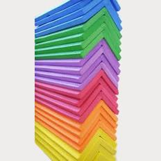 Cantoneiras em eva coloridas 1